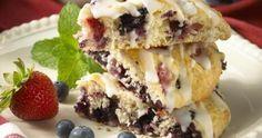 Voici une recette de scones succulents pour utiliser un reste de petits fruits !  #scones  #petitsfruits  #dessert  #bienfaire