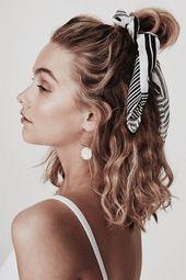 Hair styles wavy hair beauty super Ideas - Hair Ideas - Famous Last Words Pretty Hairstyles, Easy Hairstyles, Everyday Hairstyles, Heatless Hairstyles, Hairstyle Ideas, Scrunchy Hairstyles, Hairstyles With Headbands, Hairstyles For Curly Hair, Scarf Hairstyles Short