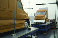 OG   Freightliner Cascadia   Clay model