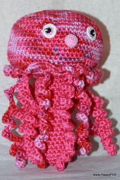 Hochet au crochet méduse en coton : Jeux, peluches, doudous par happyfil