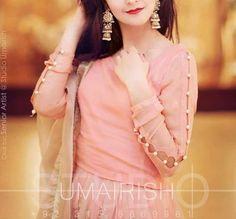 - AmigurumiHouse Kurta Neck Design, Saree Blouse Neck Designs, Neckline Designs, Dress Neck Designs, Kurta Designs, Sleeve Designs, Blouse Patterns, Stylish Dresses For Girls, Stylish Dress Designs