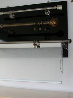 VIDELLA 19 és 25 mm–es rúdkarnis garnitúrák roletta szerkezettel egybeépítve. Rendelhető színek: Antik–ezüst, Antik–arany, Nikkel, Matt króm, Onyx és Fehér. A rúdkarnis garnitúrák árai mérettől, színtől függően változnak