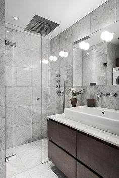 Modern Bathroom Trends, Relaxing Luxury of Walk In Shower Designs Hotel Room Design, House Bathroom, Bathroom Inspiration, Bathrooms Remodel, Bathroom Decor, Bathroom Design Trends, Bathroom Trends, Apartment Interior Design, Modern Bathroom Trends