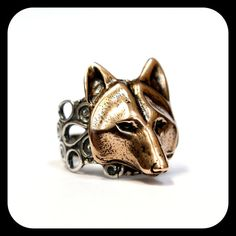 Wolf Face Ring Golden Bronze Wolf Mask on Contrasting Adjustable Silver Filigree Wolf Head Ring 059 Filigree Ring, Silver Filigree, Metal Worx, Wolf Mask, Tiny Rings, Fashion Accessories, Fine Jewelry, Timber Wolf, Sterling Silver