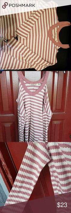 Liberty love open shoulder shirt Pretty in pink and white striped shirt. Open shoulders. It's hard to take a good pic of these type of shirts. Liberty love Tops Blouses