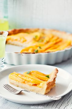 Lemon Tart with Mango and Limoncello
