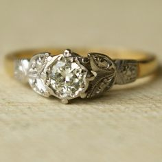 Vintage .20ct Diamond Wedding Ring, Vintage 9k Gold Engagement Ring 1940's US 4.25