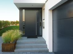Gallen, Tore und T… – The post House Doors, House Stairs, House Entrance, Facade House, Entrance Doors, Fence Gate Design, Front Door Design, Sliding Garage Doors, Front Doors