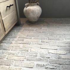 Castle Stones Big bricks Www.renehoutman.nl