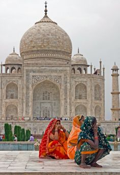 Colour at the Taj Mahal