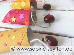 Mit Kindern basteln: Kastanien Fangbecher – Herbstliche Bastelidee mit Kloroll… Tinker with Children: Chestnut Catching Cup – Autumn Craft Idea with Paper Rolls Autumn Crafts, Fall Crafts For Kids, Diy For Kids, Kids Crafts, Easy Crafts, Diy And Crafts, Paper Crafts, Diy Pour Enfants, Fall Games