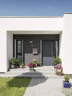 WeberHaus - Modern comfort on one level Self Build Houses, Building A House, Architecture Design, Living Spaces, Eco Friendly, Stairs, House Design, Interior Design, Outdoor Decor