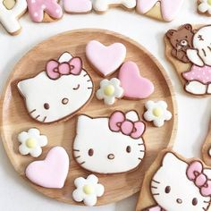 hello kitty cookies More and like OMG! get some yourself some pawtastic adorable cat apparel! Iced Cookies, Cute Cookies, Royal Icing Cookies, Cupcake Cookies, Sugar Cookies, Ladybug Cupcakes, Snowman Cupcakes, Giant Cupcakes, Pull Apart Cupcakes