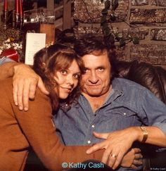 Kathy and her dad Johnny Johnny Cash June Carter, Johnny And June, Country Music Stars, Country Music Singers, Johnny Cash Daughter, John Cash, Great Love Stories, Music Icon, Daughters