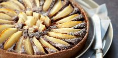 Discover recipes, home ideas, style inspiration and other ideas to try. Frangipane Recipes, Frangipane Tart, Elegant Desserts, Classic Desserts, Tart Recipes, Dessert Recipes, Butter Puff Pastry, Tart Dough, Pear Tart