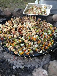 Fun camp cooking recipes are a specifically terrific activity for family camp outs. On a family camping trip, enjoyable camp cooking recipes can be tried at the end of a day while you are enjoying the campfire. Camping Meals, Family Camping, Tent Camping, Camping Cooking, Glamping, Backpacking Recipes, Camping Dishes, Camping Cabins, Camping Trailers