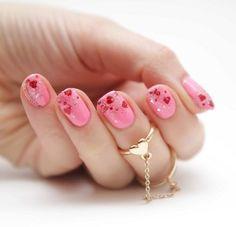 Fantástico Arte de unhas incrível e formosa dos namorados para inspirar seu estilo Incrível e bela arte de unhas dos Namora. Nail Art Sexy, Sexy Nails, Cool Nail Art, Love Nails, Trendy Nails, Sparkly Nails, Pink Nails, Glitter Nails, Silver Nails