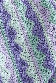 Summer Mist Throw By Kim Guzman - Free Crochet Pattern - (ravelry) Handarbeiten ☼ Crafts ☼ Labores ✿❀.•°LaVidaColorá°•.❀✿ http://la-vida-colora.joomla.com