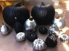 Love the black & silver pumpkins & gourds!