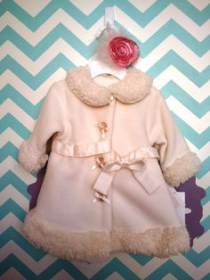 This gorgeous ivory fleece coat is a favorite at Bella Luna!