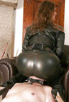 cámara web mistressmistress sentado en la cara