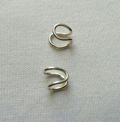 Ear cuff em prata 950.  950 silver ear cuff.