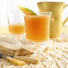 Cantaloupe Agua Fresca This cantaloupe scented water is refreshing on a hot summer day. ~30 per cup