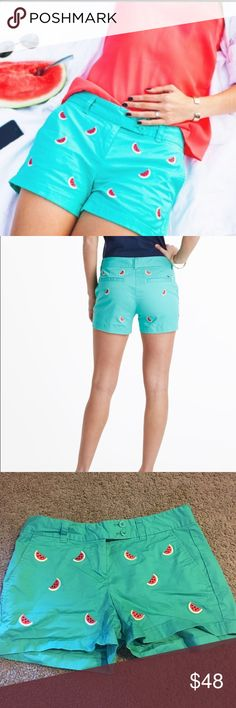 Vineyard Vines watermelon shorts Vineyard Vines Women's Watermelon Embroidered Dayboat Shorts- Get ready to roll up your sleeves; these Watermelon Embroidered Dayboat Shorts are the freshest women shorts for summer! These embroidered shorts go well with a burger and an Oxford Shirt at your grill get-together! 96% cotton, 4% spandex-twill. Allover embroidered watermelons. Front slash pockets. Back welt pockets. Embroidered whale on back pocket. Vineyard Vines Shorts Jean Shorts