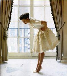 The Embellished Life: Fashion 101: Oscar de la Renta