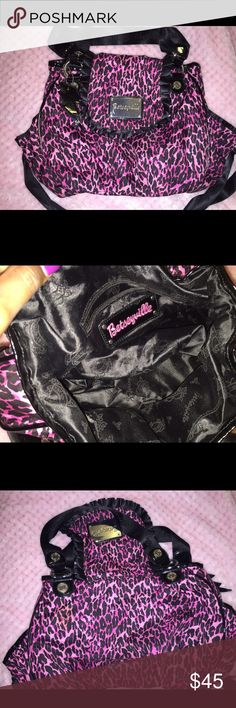 Betsey Johnson Pink Cheetah Print Handbag Looks brand new. No odor. Only about twice! Betsey Johnson Bags Shoulder Bags