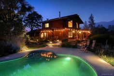 Immaculate Lodging for Large Groups with a Pool near Ponderosa Basin, California Yosemite Lodging, Beautiful Villas, In Ground Pools, Yosemite National Park, California Travel, Lodges, Glamping, Great Places, Swimming Pools