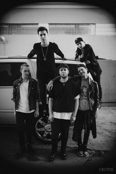 I love how zach has to stand up on stuff to make him look less small!:3