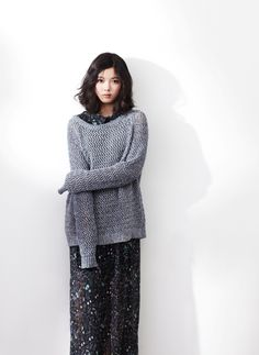 Kim Yoo Jung [Love her outfit]
