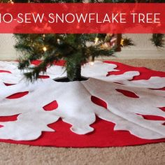 make a christmas tree skirt | make a diy no sew tree skirt curbly com dressing up our christmas tree ...