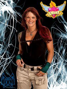 Amy Dumas aka Lita Like her look. Wrestling Superstars, Wrestling Divas, Women's Wrestling, Litas Outfit, Wwe Lita, Wwe Couples, Trish Stratus, Wwe Female Wrestlers, Wwe Girls