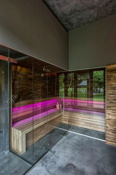 Sauna with pink lights. Wellness Resort, Wellness Spa, Sauna Lights, Indoor Sauna, Sauna Steam Room, Sauna Design, Infrared Sauna, Home Spa, Pool Houses