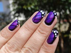 Pinned by www.SimpleNailArtTips.com STAMPING NAIL ART DESIGN IDEAS - Animal Print | Enamels Kelly