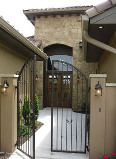 Would like to put this iron gate at the front of the entry courtyard Front Gates, Entrance Gates, House Entrance, Garden Entrance, Front Fence, Front Entry, Courtyard Entry, Stucco Walls, Stone Walls