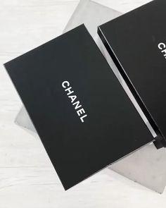 ☝🏻Click post for more details☝🏻 😘Follow us for daily updates😘 ❤️worldwide shipping❤️😎 whatsapp: +60165425482/ +8618666021721 Best Handbags, Hermes Handbags, Replica Handbags, Designer Handbags, Fashion Handbags, Chanel Backpack, Chanel Purse, Chanel Bags, Fake Designer Bags