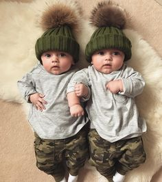 Pin by Livi on Family Cute Baby Twins, Twin Baby Girls, Twin Babies, Baby Kids, Twin Baby Photos, Cute Baby Girl Pictures, Baby Boy Camo, Camo Baby Stuff, Newborn Outfits
