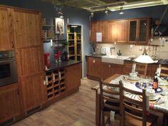 Wnętrza, kuchnia w planie - witam :) jestem na etapie urządzania domu i to - jak na razie - mój najmocniejszy kandydat na kuchnię. Aranżacja ze sklepu ikea, fronty... Ikea, Liquor Cabinet, Storage, Table, Furniture, Google, Home Decor, Purse Storage, Decoration Home