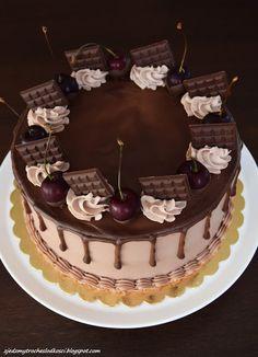 Zjedzmy trochę słodkości: Tort z wiśniową frużeliną Simple Cake Designs, Chocolate Cherry, Birthday Cake, Fruit Cakes, Recipes, Instagram, Cakes, Yogurt, Crack Cake