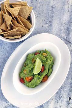 Easy Vegan Guacamole Recipe with Lime