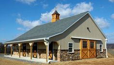 Horse stalls such as these integrated into the ground floor of the back of the house Dream Stables, Dream Barn, Small Barns, Old Barns, Horse Barn Designs, Horse Barn Plans, Barn Shop, Barn Garage, Garage Workshop