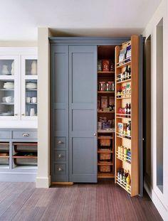 10 Kleine Pantry-Küche-Ideen für eine Organisierte, Raum-Versierte Küche - http://www.einstildekoration.com/10-kleine-pantry-kuche-ideen-fur-eine-organisierte-raum-versierte-kuche/