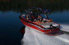 Need it - Malibu Wake Setter - favorite surf boat Malibu Boats, Ski Boats, Street Bikes, Wakeboarding, Water Sports, Summer Girls, Wake Board, Skiing, Cruise