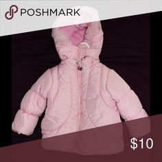3T/36m Lt Pink London Fog Jacket 🎉FINAL SALE🎉 Light pink 36M London Fog Winter Jacket in good condition. Pen mark on front left of jacket and liner slightly unsewn on one seam of interior fleece lining (could be easily hand sewn or left as is). Has pocket on each side of jacket. BUNDLE FOR ADDITIONAL SAVINGS!!! London Fog Jackets & Coats Puffers