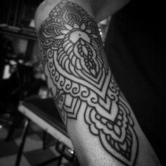 More to come, Thank you Douglas!  #tattoo #tattooart #lines #linework #blackwork #blackworkers #blackworkerssubmission #blacktattooart #blxckink #darkartists #lefthandedtattoo #antwerp #glorybound