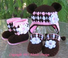 Crochet Pattern Set - Bear Hat , Baby Booties, and Baby Mittens (will make to order) Crochet Bear Hat, Crochet Baby Mittens, Crochet Baby Blanket Beginner, Crochet Baby Booties, Love Crochet, Crochet For Kids, Crochet Dolls, Slippers Crochet, Baby Patterns