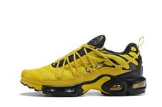 196b537fe17 Drake Reveals Nike Air Max Plus For Stage TN Frequency Pack Tour Yellow  White-Black Sneakers Men s Running Shoes NIKE-CIU011997